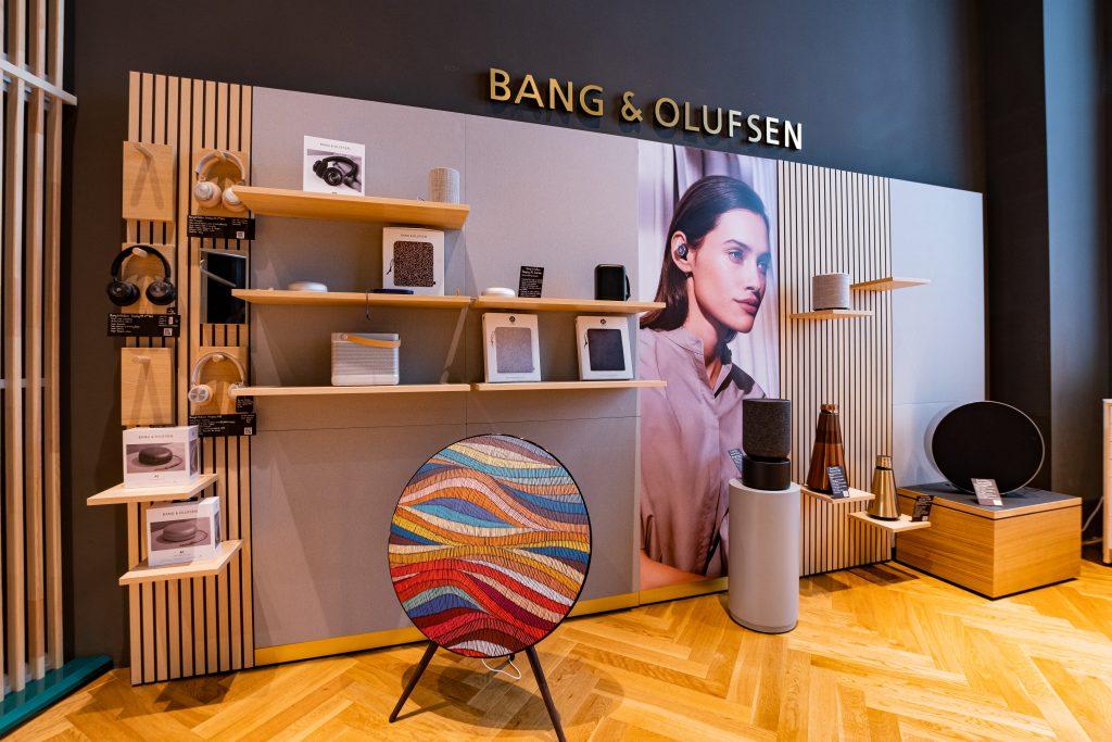 Showroom Bang & Olufsen de la AVstore Herastrau