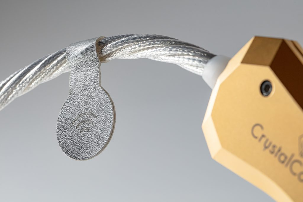 Crystal Cable NFC TAG