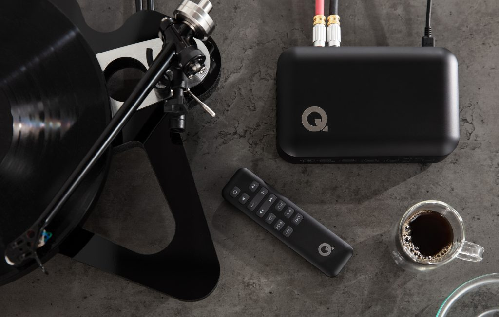 Q Active Hub + Remote